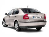 Photos of Škoda Octavia Tour (1Z) 2010–12