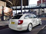 Pictures of Škoda Superb Combi UK-spec 2009–13