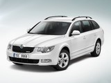 Škoda Superb Combi GreenLine 2009–13 images