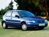 Photos of Suzuki Baleno Hatchback 1999–2002
