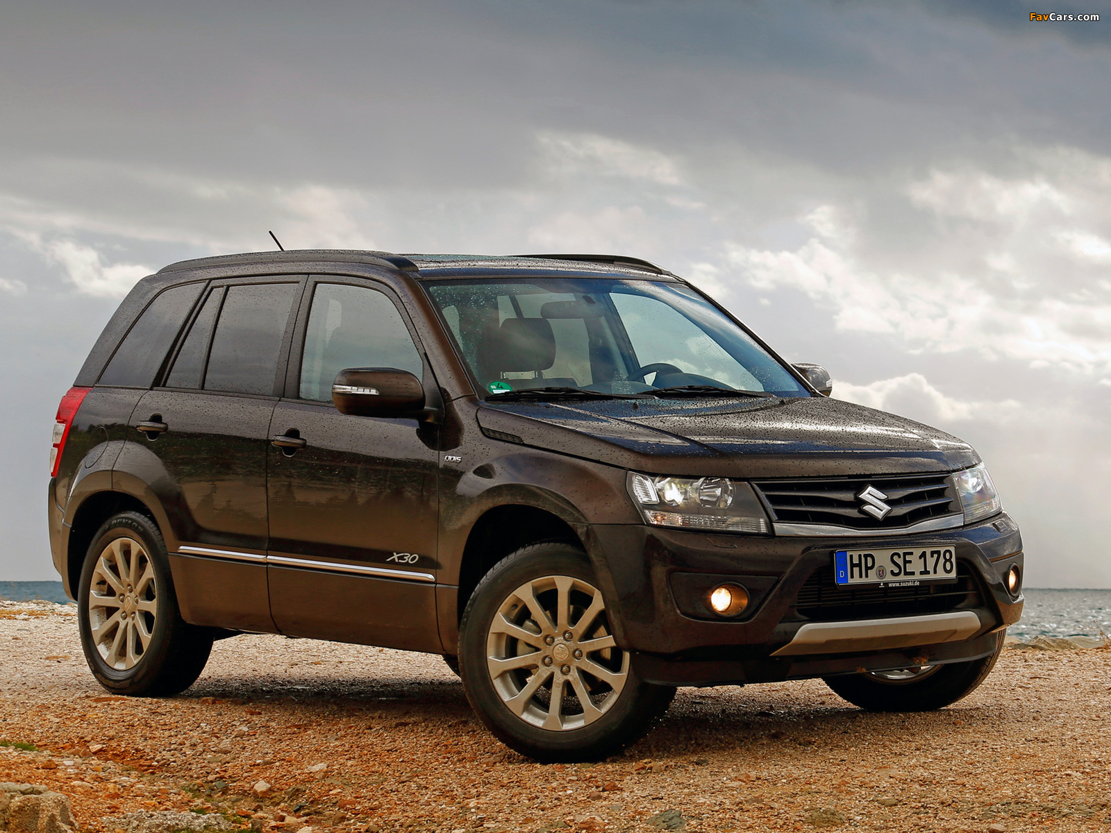 Images of Suzuki Grand Vitara 5-door 2012 (1600 x 1200)