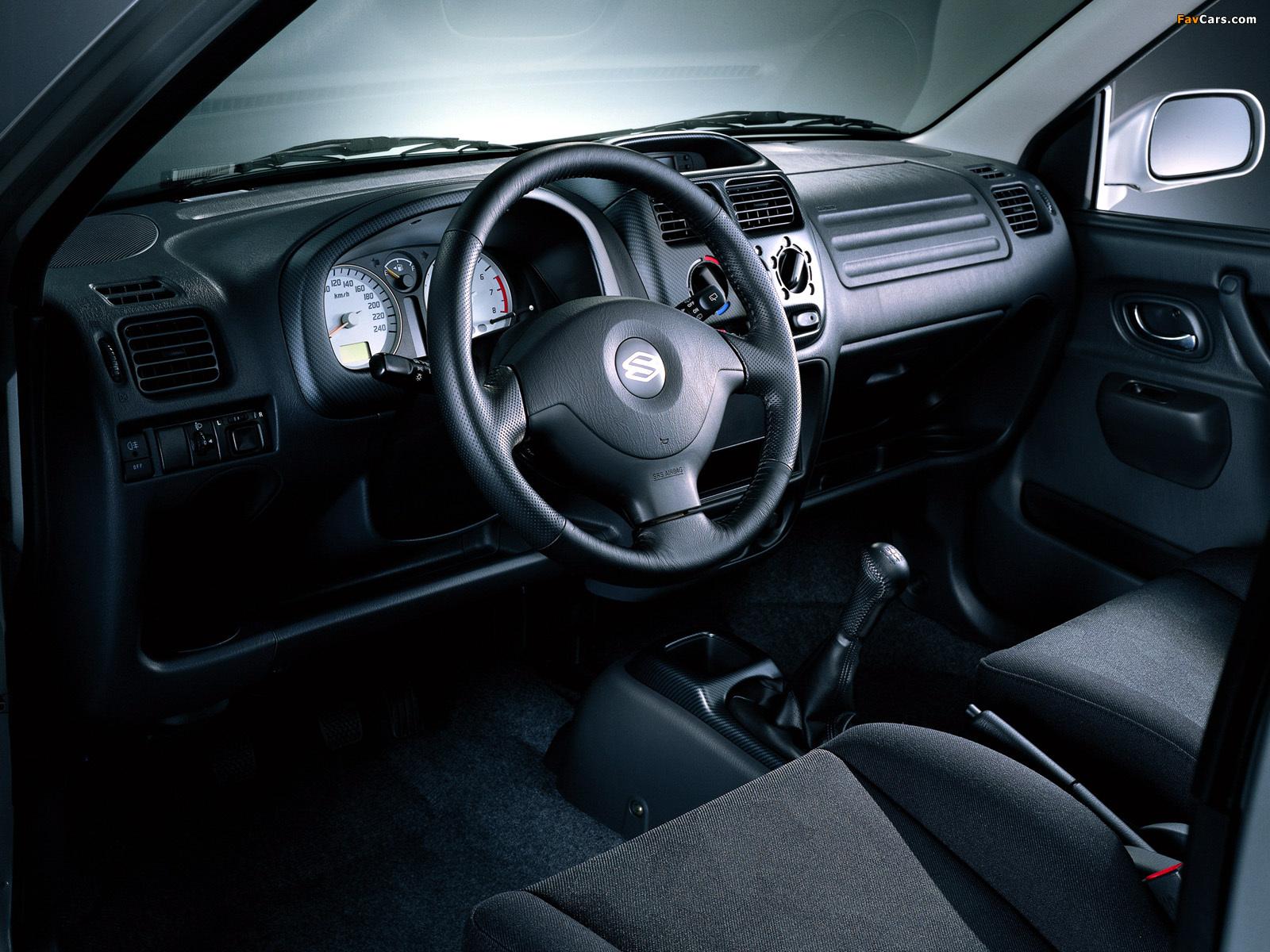 Images of Suzuki Ignis 3-door (HT51S) 2000–03 (1600 x 1200)