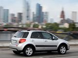 Suzuki SX4 2010–13 images