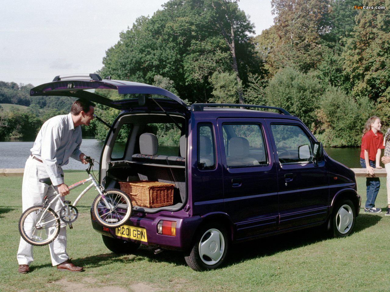 Photos of Suzuki Wagon R+ UK-spec (EM) 1997–2000 (1280 x 960)
