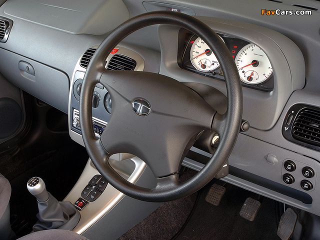 Images of Tata Indigo ZA-spec 2004–07 (640 x 480)
