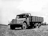 Tatra 111R 1953–62 images