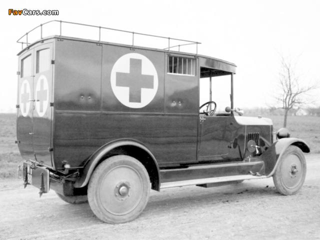 Tatra T20 Ambulance 1923–25 pictures (640 x 480)