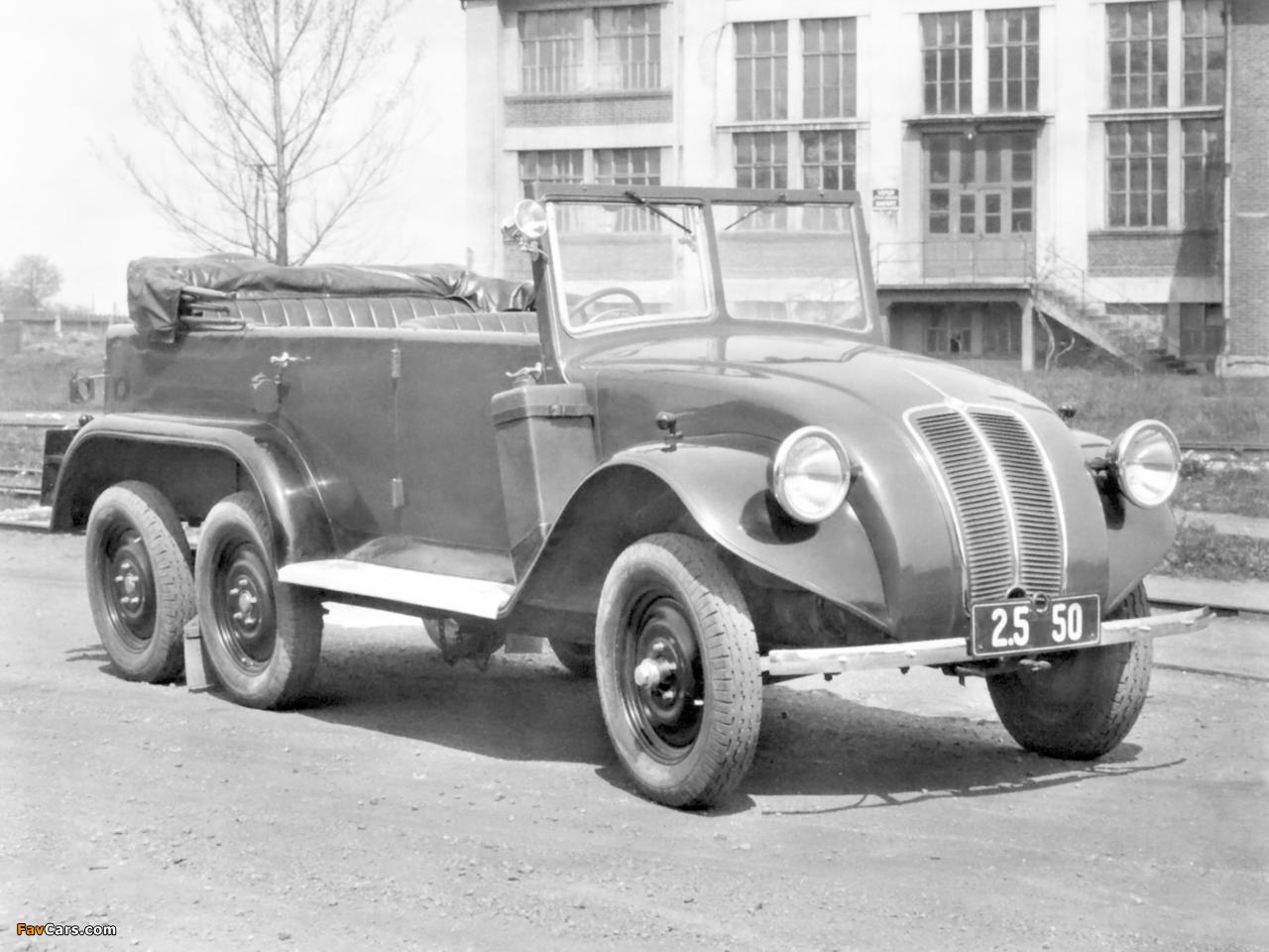 Images of Tatra T82 6x4 1936–38 (1280 x 960)