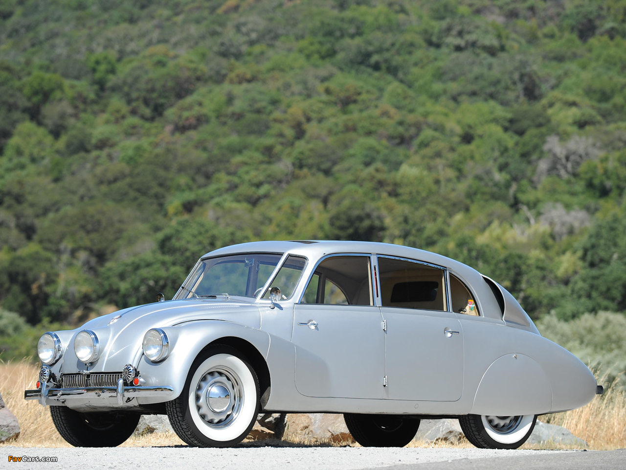 Pictures of Tatra T87 1936–50 (1280 x 960)