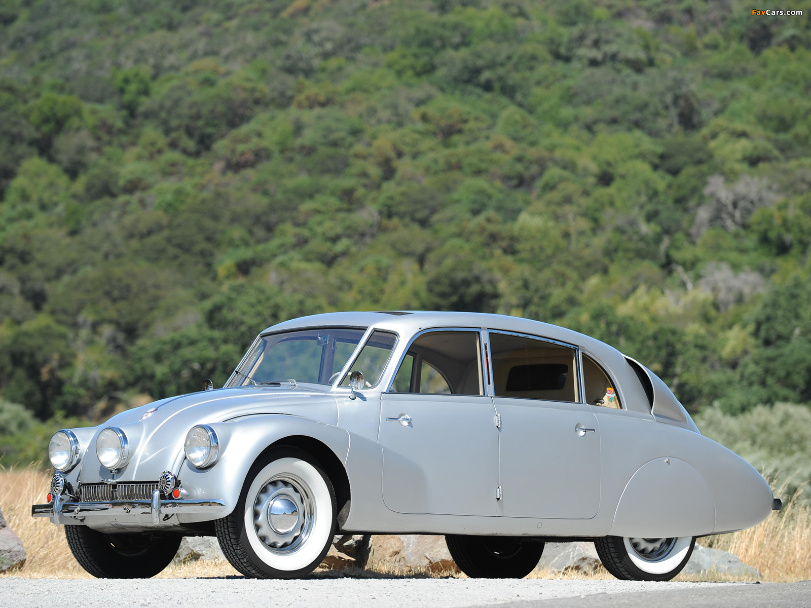 Pictures of Tatra T87 1936–50 (1600 x 1200)