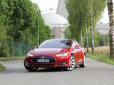 Tesla Model S P85+ 2013 images