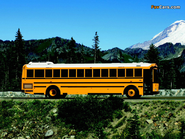 Photos of Thomas Saf-T-Liner HDX School 2004 (640 x 480)
