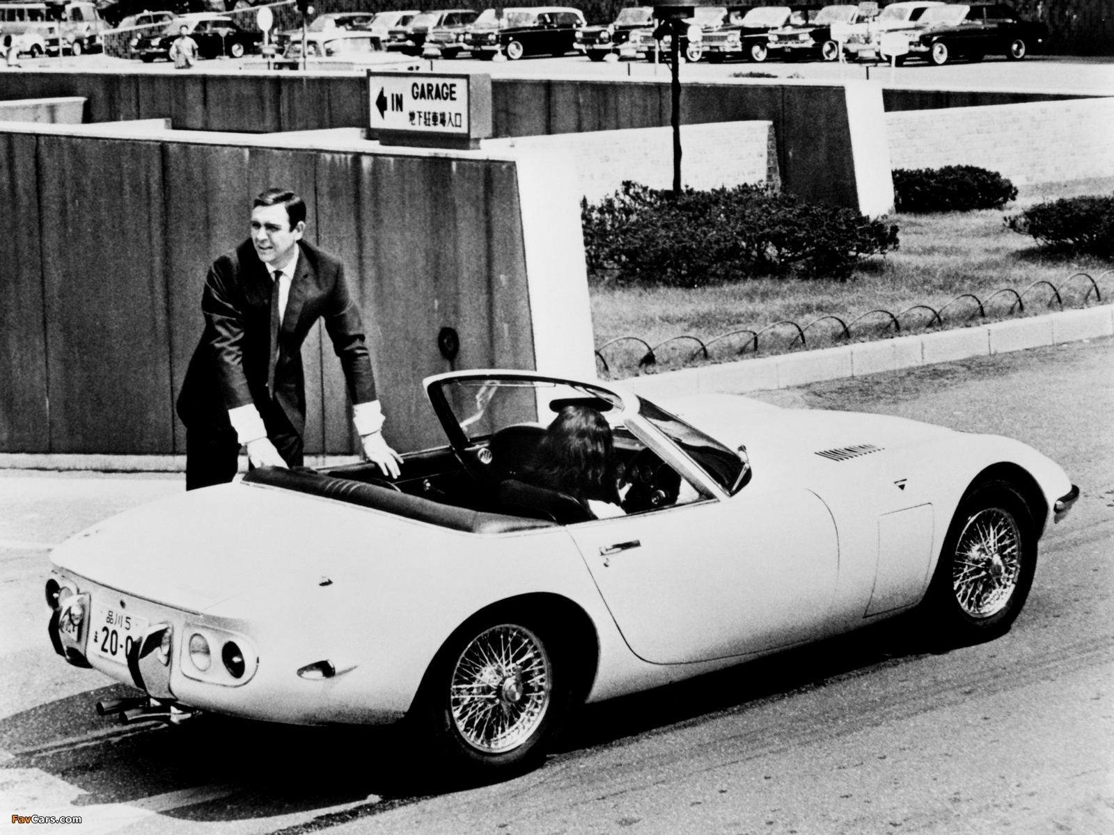Images of Toyota 2000GT Convertible 1966 (1600 x 1200)