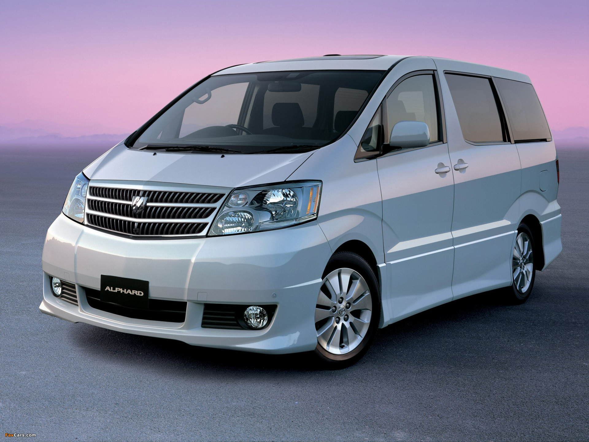 Pictures of Toyota Alphard (H10W) 2002–08 (1920 x 1440)