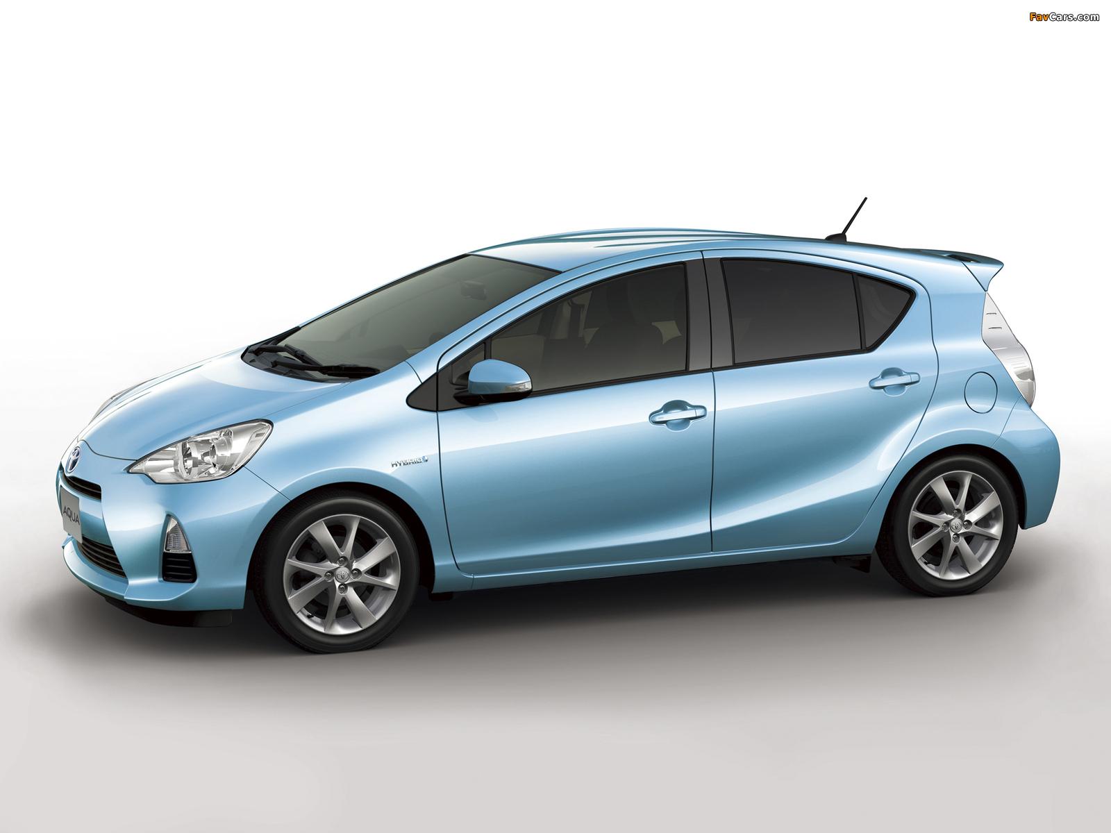 Toyota Aqua 2012 Images 1600x1200