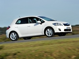 Images of Toyota Auris HSD UK-spec 2010–12