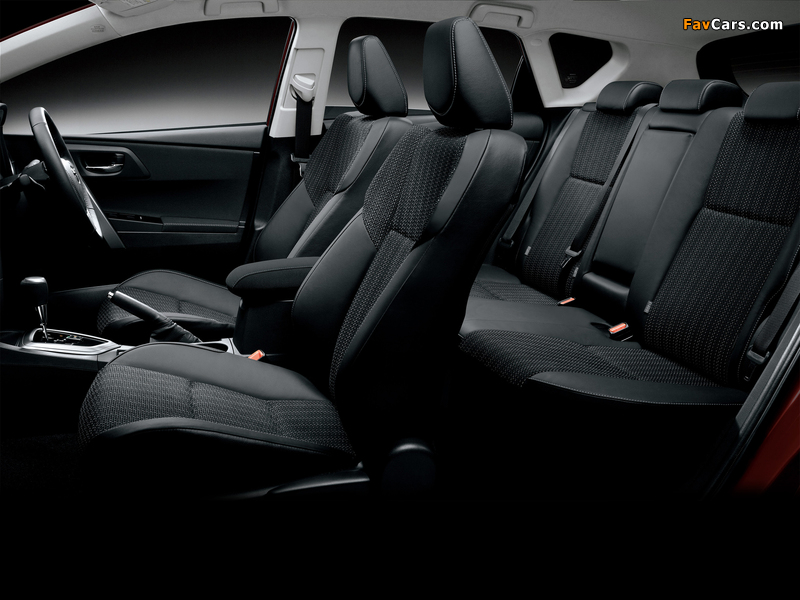 Images of Toyota Auris 180 G S Package JP-spec 2012 (800 x 600)
