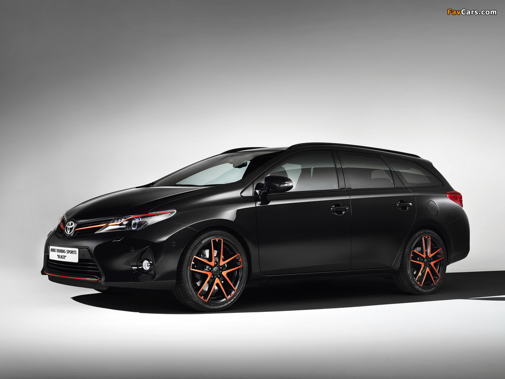 Images of Toyota Auris Touring Sports Black Concept 2013 (1024 x 768)