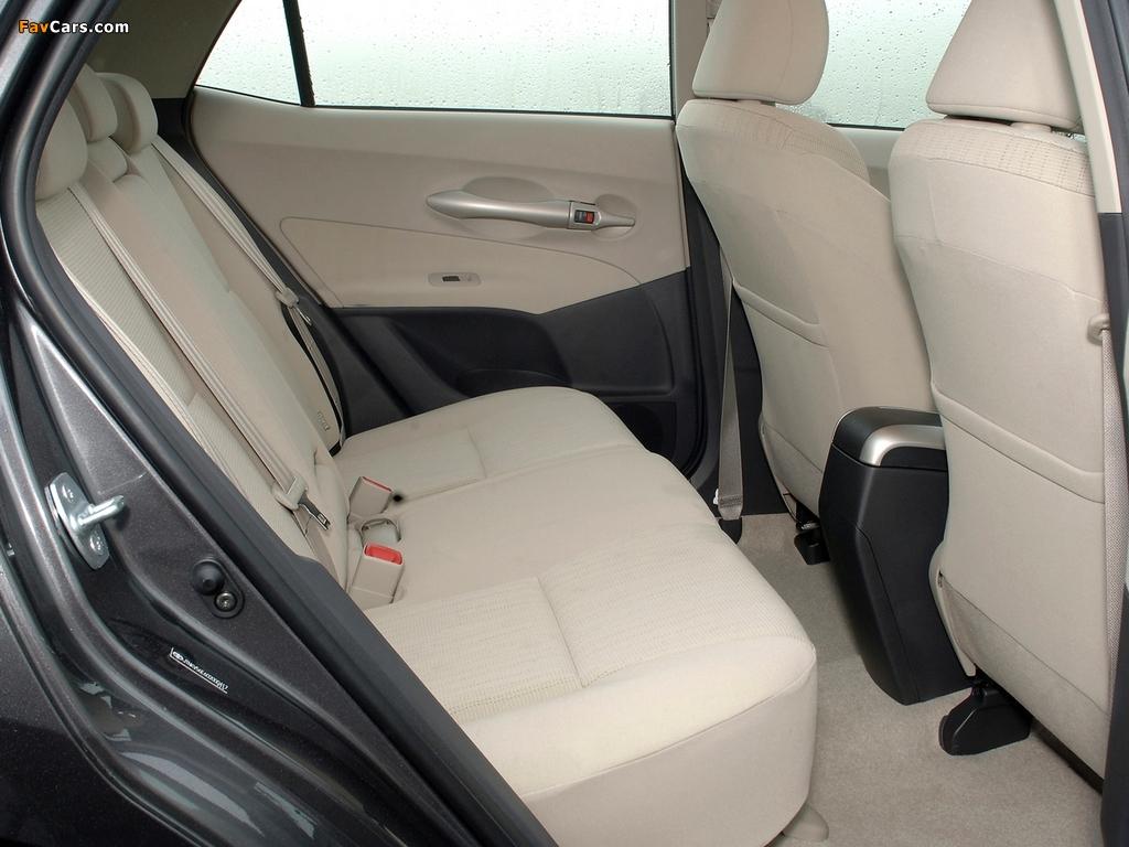 Photos of Toyota Auris 5-door UK-spec 2007–10 (1024 x 768)