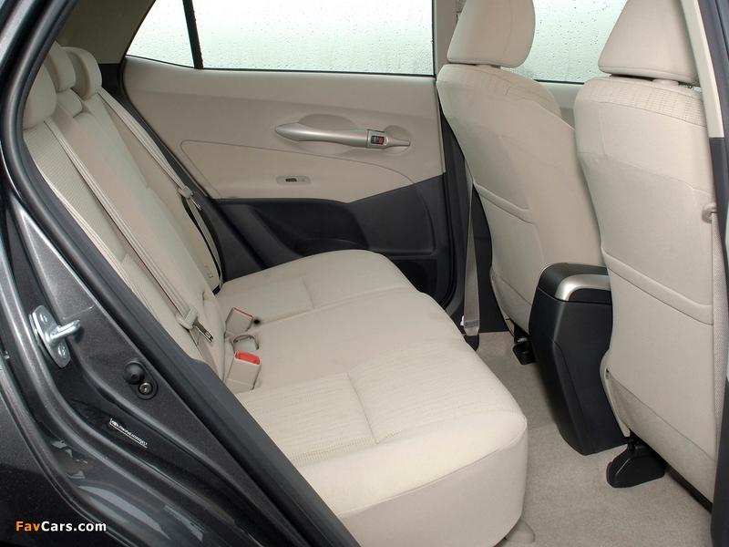 Photos of Toyota Auris 5-door UK-spec 2007–10 (800 x 600)