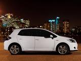 Photos of Toyota Auris HSD UK-spec 2010–12
