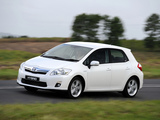 Photos of Toyota Auris HSD ZA-spec 2011