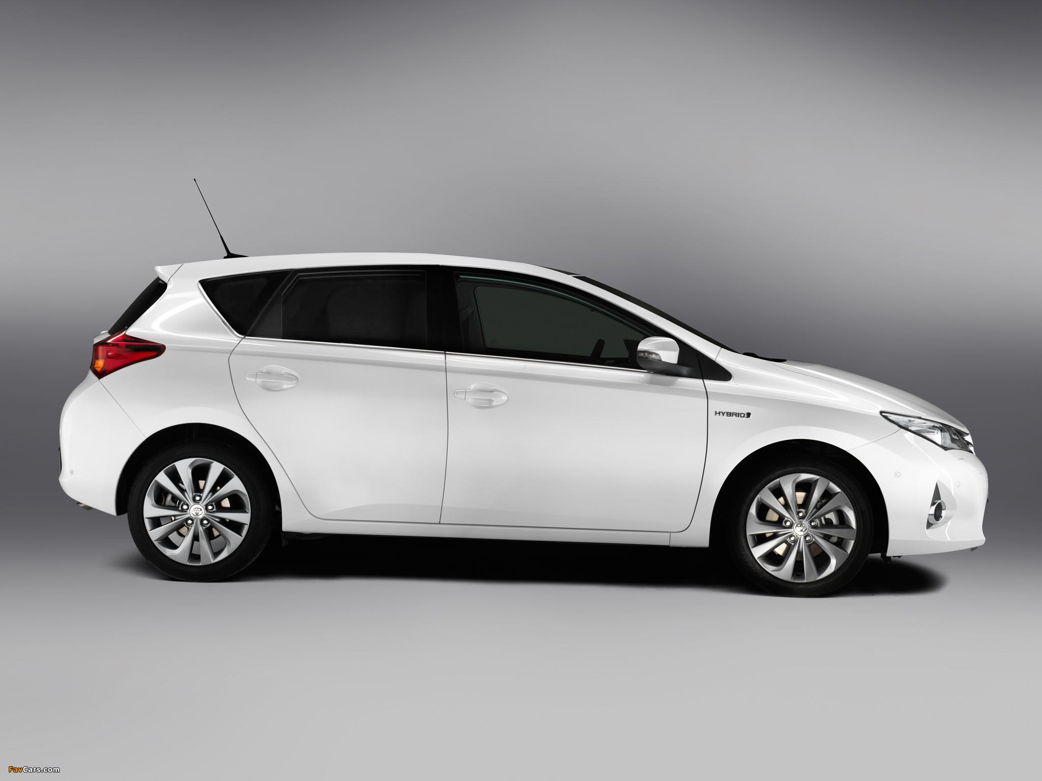 Photos of Toyota Auris Hybrid 2012 (2048 x 1536)