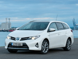 Photos of Toyota Auris Touring Sports Hybrid UK-spec 2013