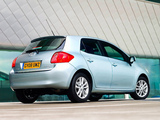 Pictures of Toyota Auris 5-door UK-spec 2007–10