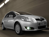 Pictures of Toyota Auris 5-door 2007–10