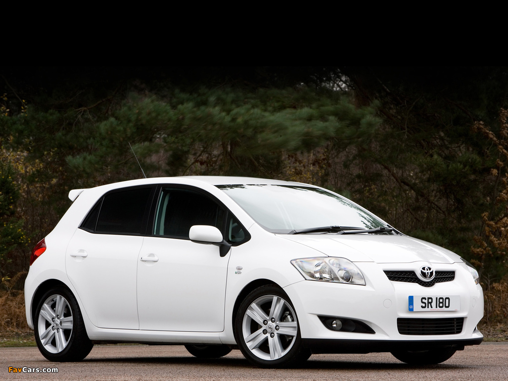 Pictures of Toyota Auris SR180 2008–10 (1024 x 768)