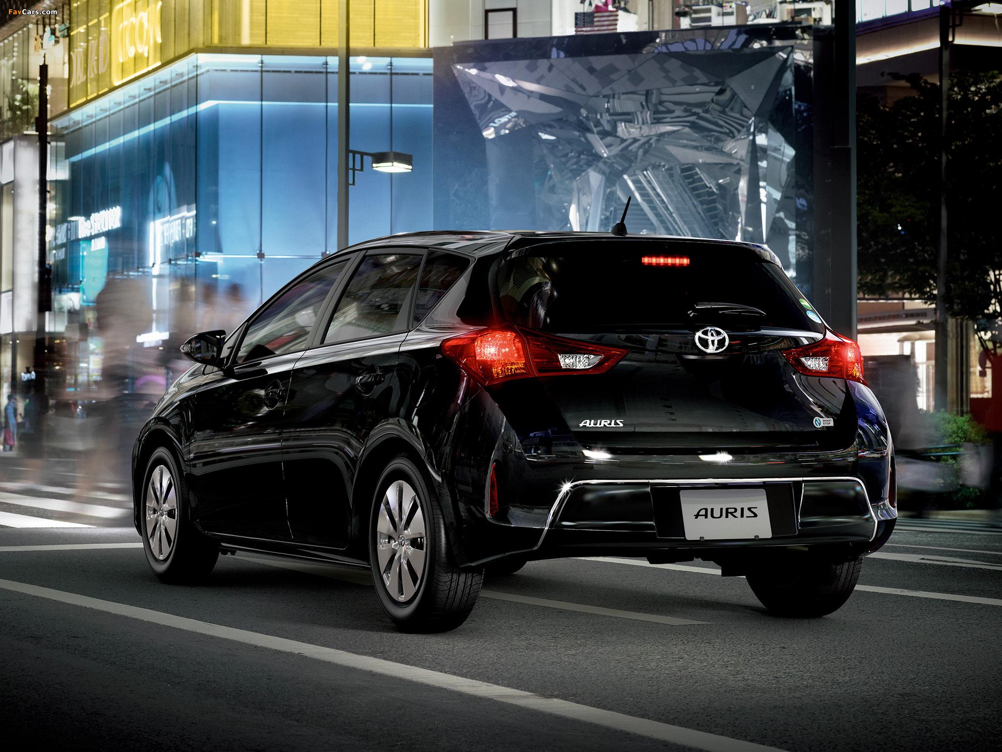 Pictures of Toyota Auris 150 X JP-spec 2012 (2048 x 1536)