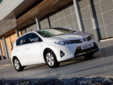 Pictures of Toyota Auris Hybrid UK-spec 2012