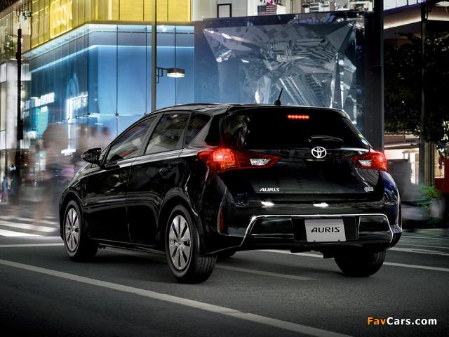 Pictures of Toyota Auris 150 X JP-spec 2012 (640 x 480)