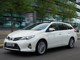 Pictures of Toyota Auris Touring Sports Hybrid UK-spec 2013