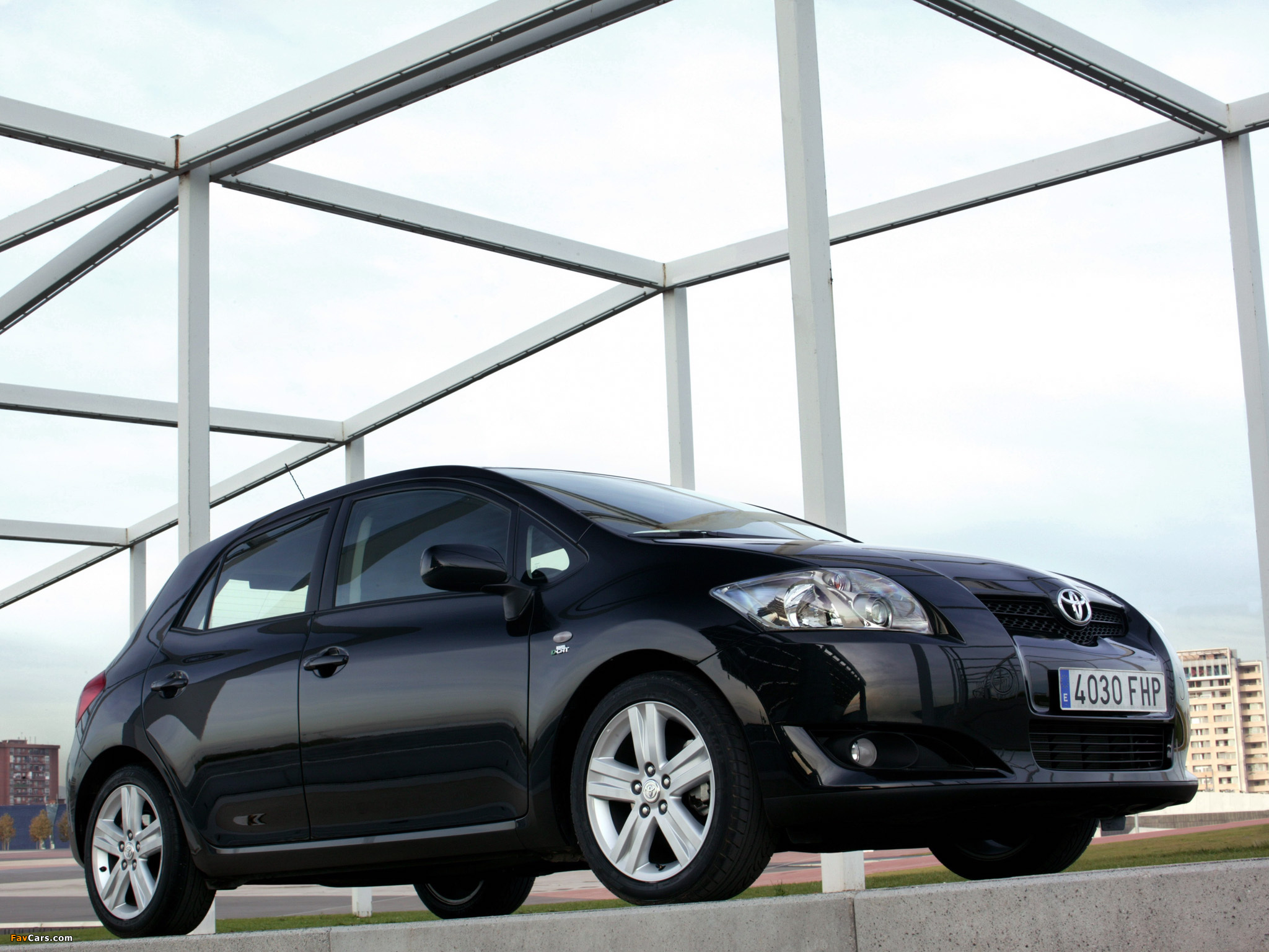 Toyota Auris 5-door 2007–10 photos (2048 x 1536)