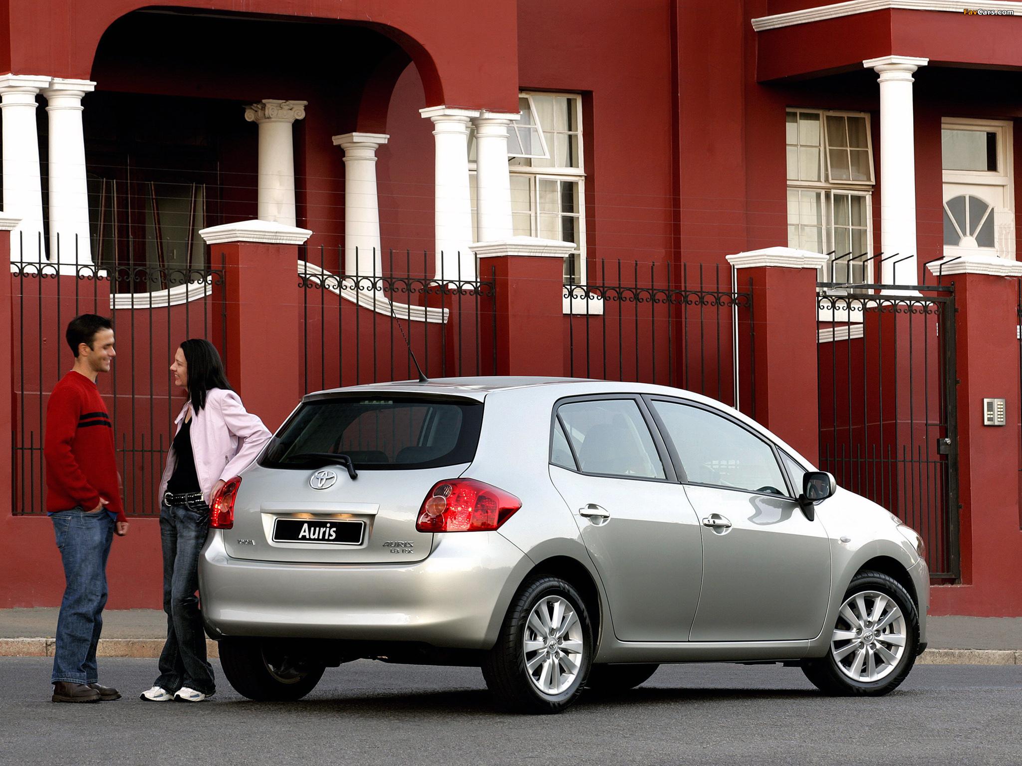 Toyota Auris 5-door ZA-spec 2007–10 photos (2048 x 1536)