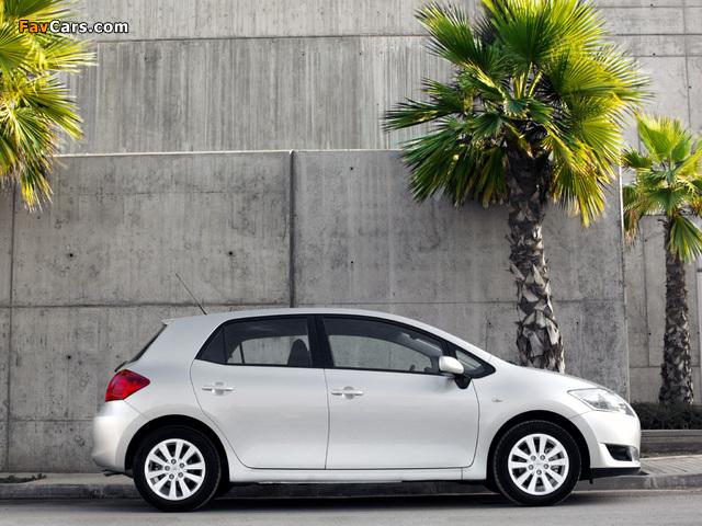 Toyota Auris 5-door 2007–10 pictures (640 x 480)