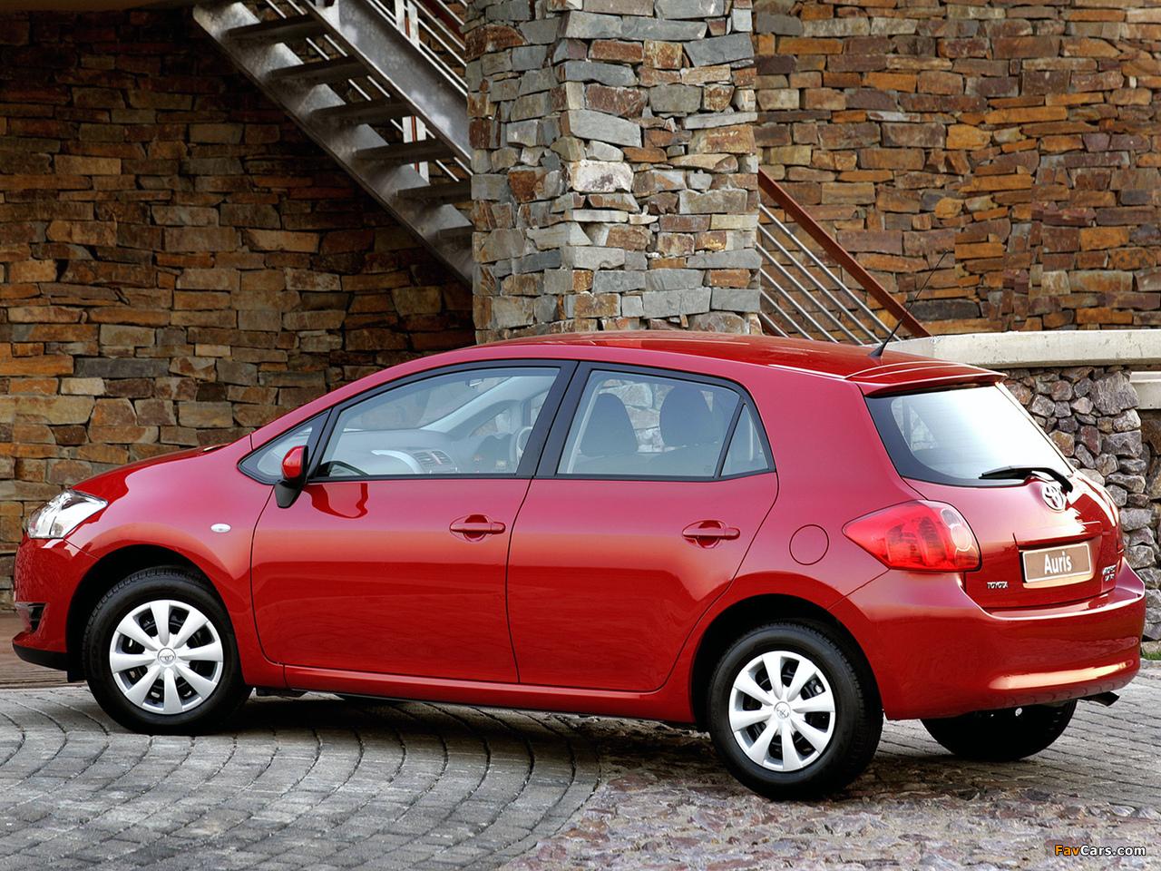Toyota Auris 5-door ZA-spec 2007–10 wallpapers (1280 x 960)