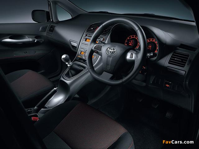 Toyota Auris JP-spec 2009–12 images (640 x 480)