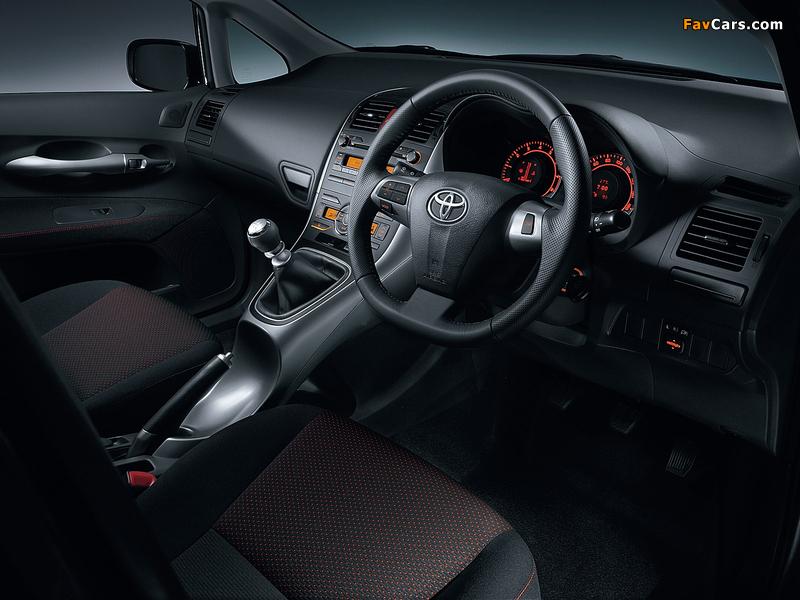Toyota Auris JP-spec 2009–12 images (800 x 600)