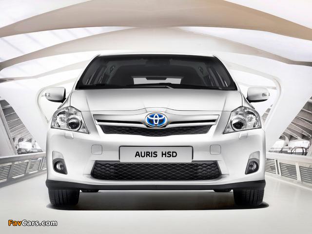 Toyota Auris HSD 2010–12 photos (640 x 480)