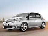 Toyota Auris 5-door 2010–12 wallpapers