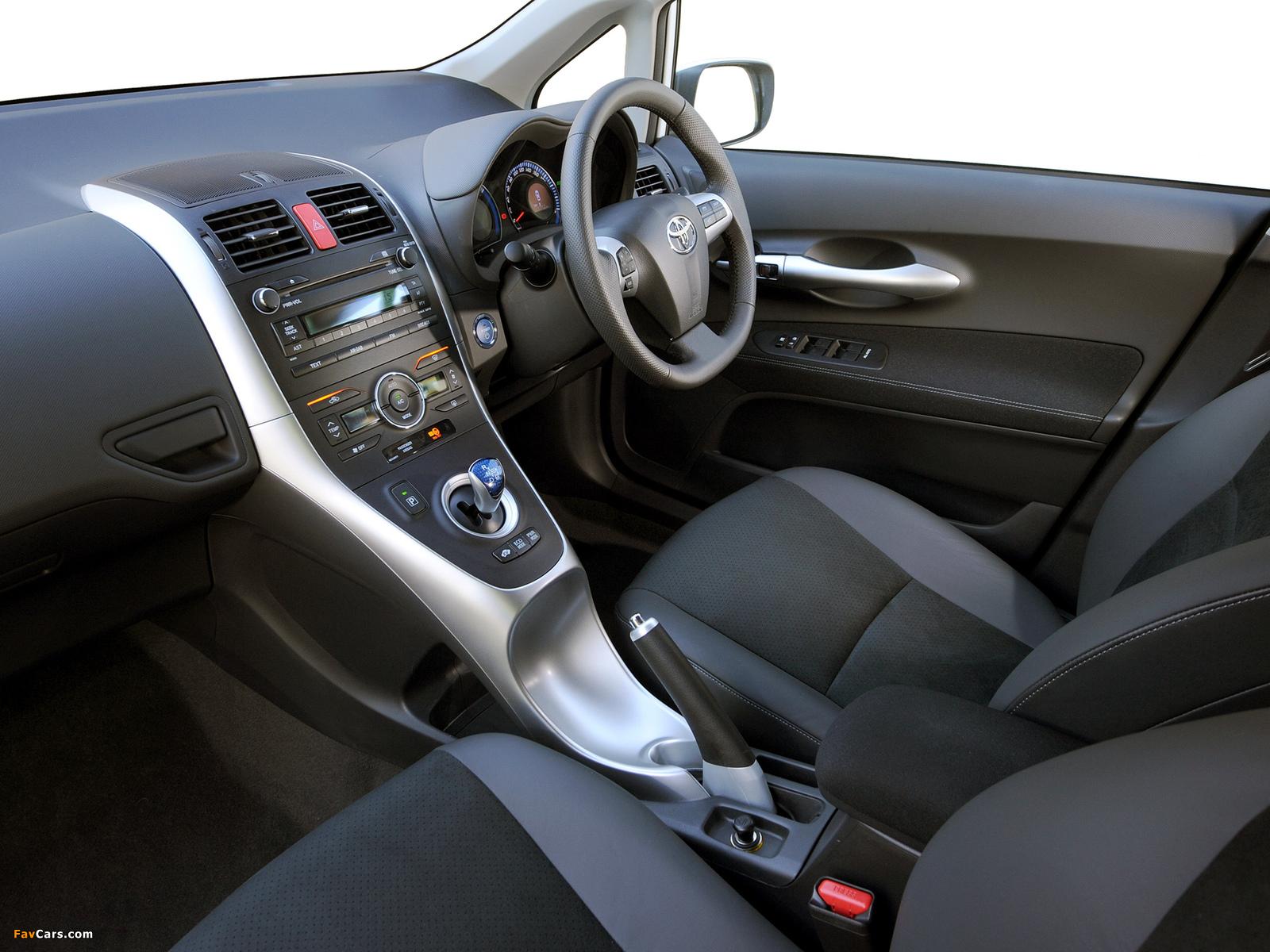 Toyota Auris HSD ZA-spec 2011 images (1600 x 1200)