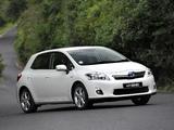 Toyota Auris HSD ZA-spec 2011 pictures