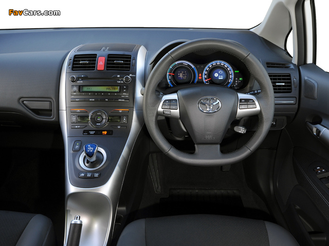 Toyota Auris HSD ZA-spec 2011 wallpapers (640 x 480)