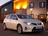 Toyota Auris Hybrid UK-spec 2012 photos