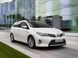 Toyota Auris Touring Sports Hybrid 2012 photos