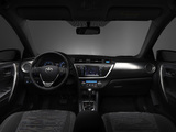 Toyota Auris 2012 photos