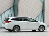Toyota Auris Touring Sports Hybrid UK-spec 2013 images